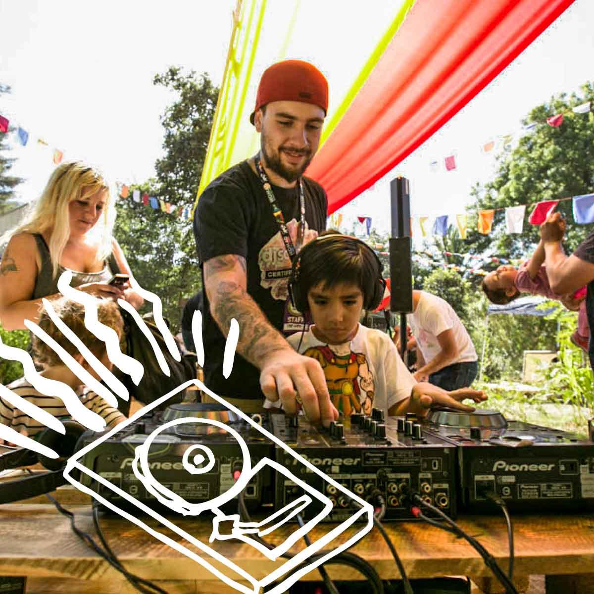 DJ SCHOOL KIDS